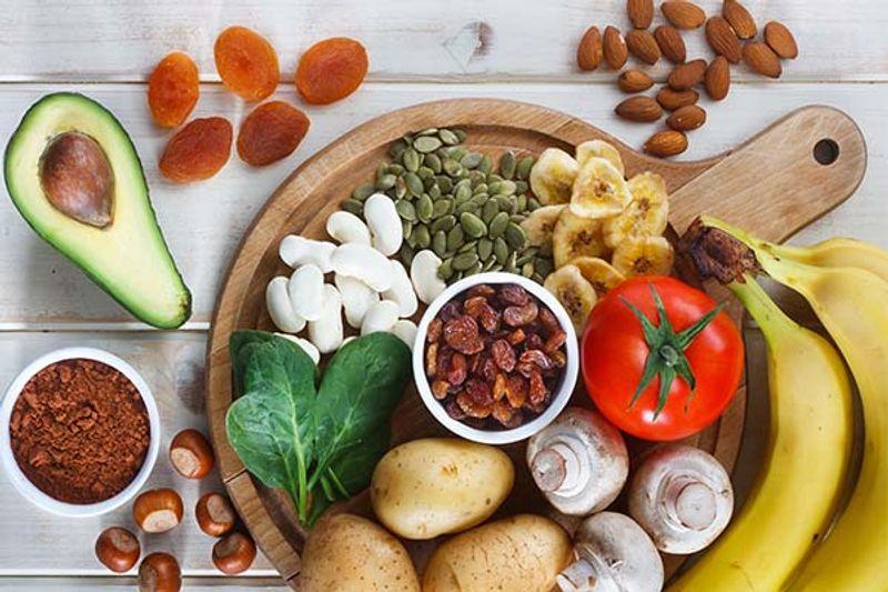 alimenti ricchi di potassio da evitare