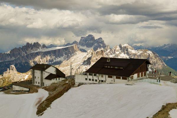 elenco rifugi Dolomiti