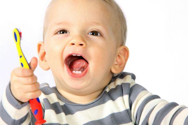 fluoro ai neonati