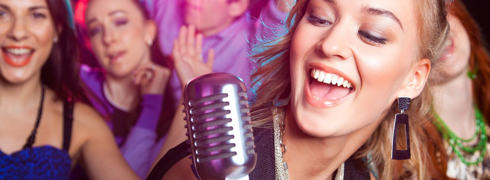 Dove fare karaoke a Milano di sabato