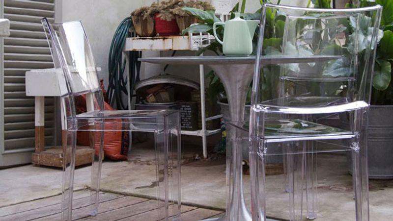 Oggetti di design famosi trovami for Imitazioni sedie design