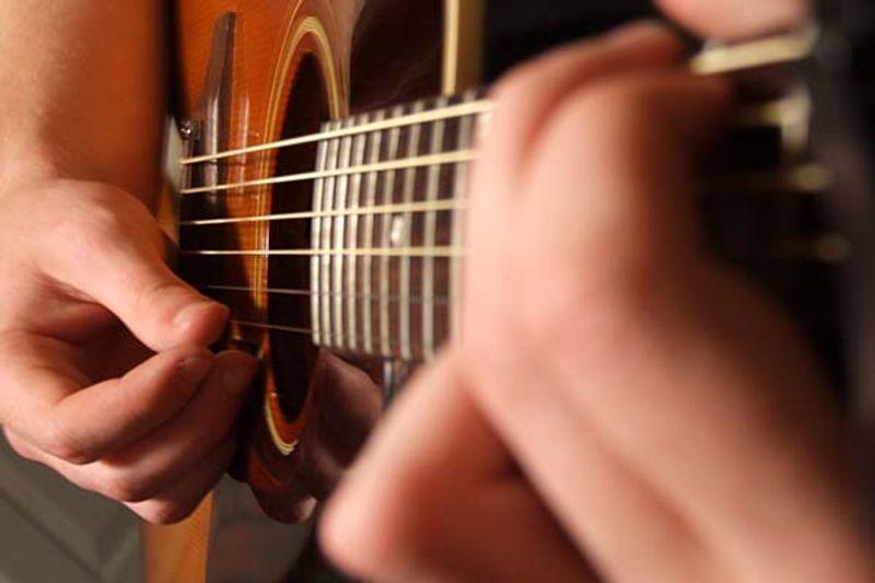 iniziare a suonare la chitarra