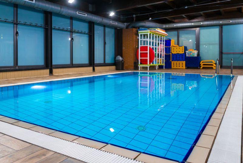 palestra con piscina a Milano