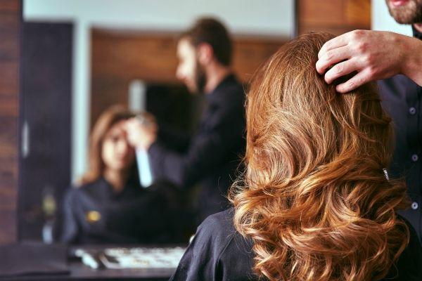 parrucchieri Milano aperti lunedì